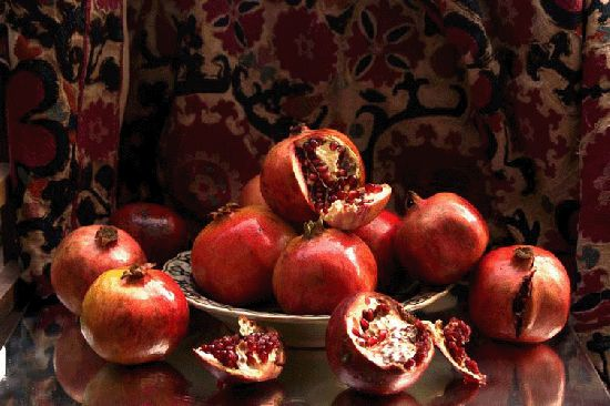 160x220cm,Composition+of+pomegranates,+oil+on+canvas,+2005.gif (550×366)