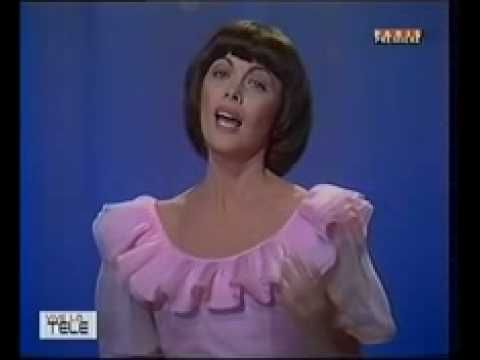 Mireille Mathieu -MILLE COLOMBES - YouTube