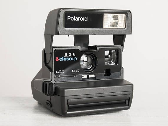 Polaroid 636 CL - MINT CONDITION functional analog vintage Instant Close-Up camera (Impossible Project film 600 series) + neckstrap