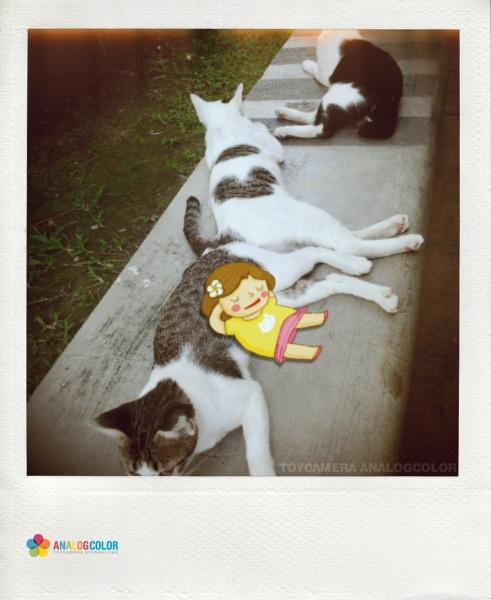 Sleeping by Pungpung Juntarawong, via Behance