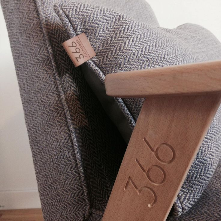 Fotel-366-Józef-Chierowski-366-Concept-Design-LifeStyle-ranking-myhome-design-modern-fotele-nowoczesne-11.jpg (1280×1280)
