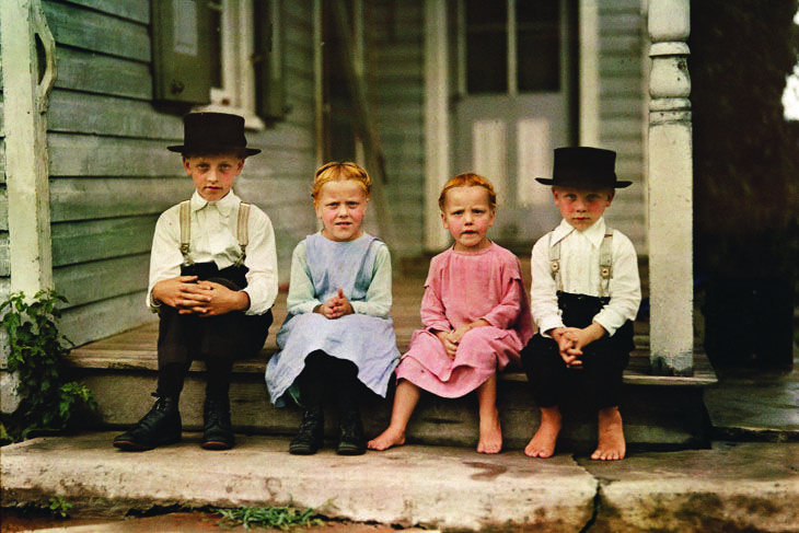 Amish children on their porch, Pennsylvania, 1938. Photograph by J. Baylor Roberts. © National Geographic Image Collection/The Bridgeman Art Library International