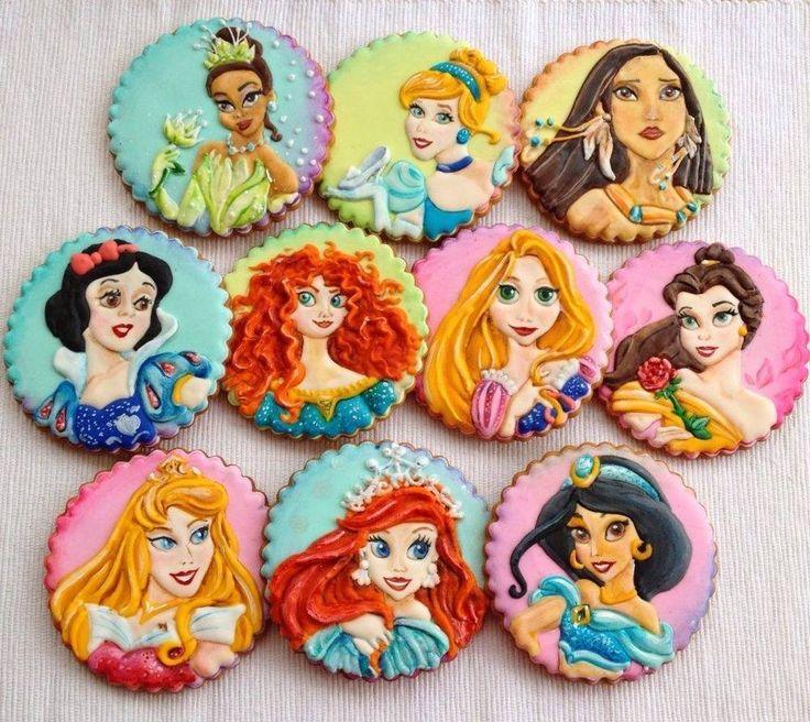 Biscotti Decorati a mano Tema Principesse Disney