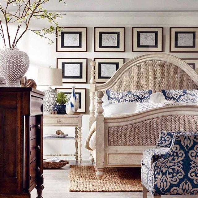 Еще один прекрасный интерьер из нашего последнего поста про бежевые спальни. Проходите по ссылке (в профиле), если вам близка такая палитра  Beautiful beige and blue bedroom
