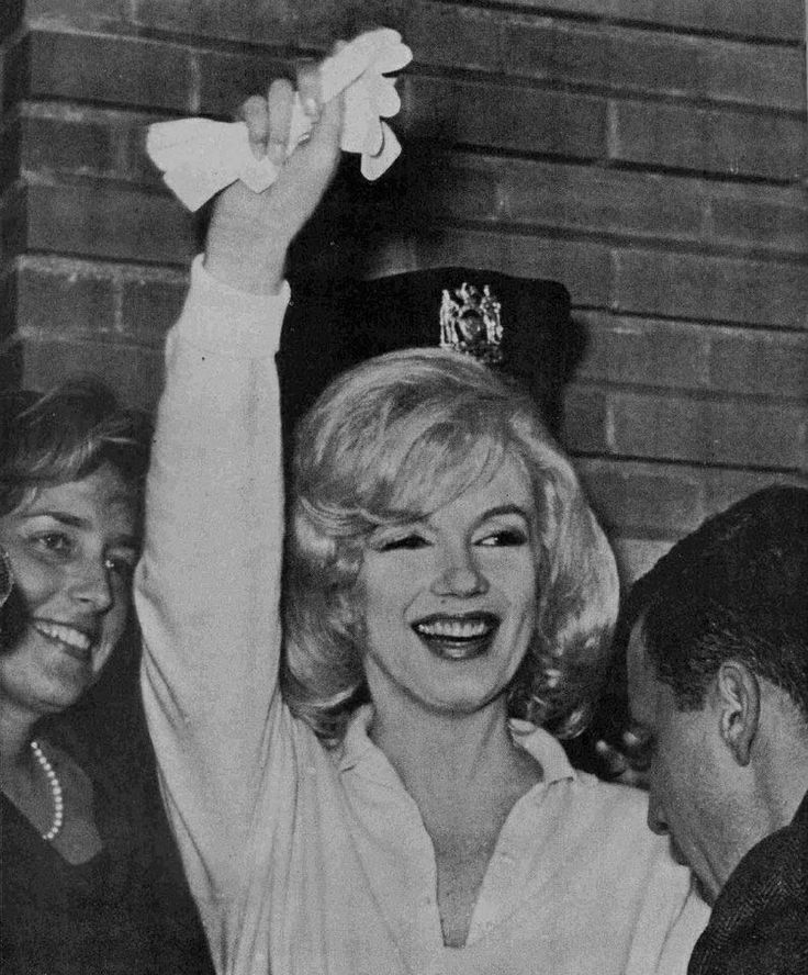 Marilyn leaving Columbia Presbyterian Hospital, 1961.