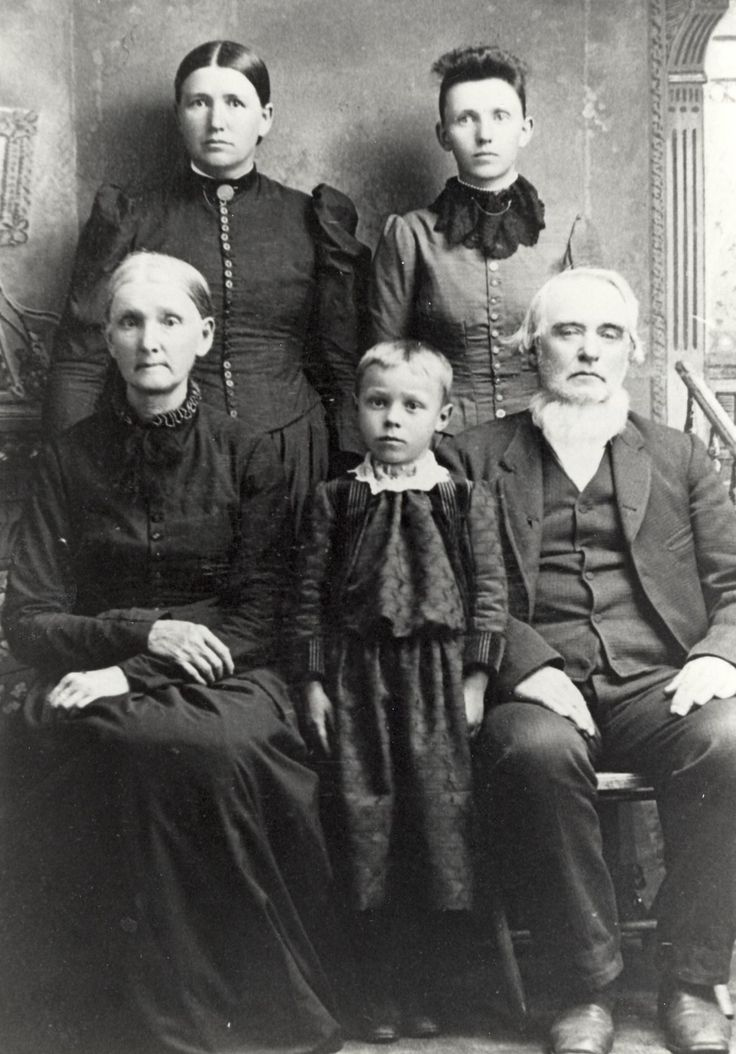 Top row-Left to Right- *Nancy Jane Bruner Patrick (4th Great Grandmother), Bottom row Left to right- Luciana Eveline King Bruner (5th Great Grandmother) Bruner Boy, Henry Rile Bruner(5th Great Grandfather