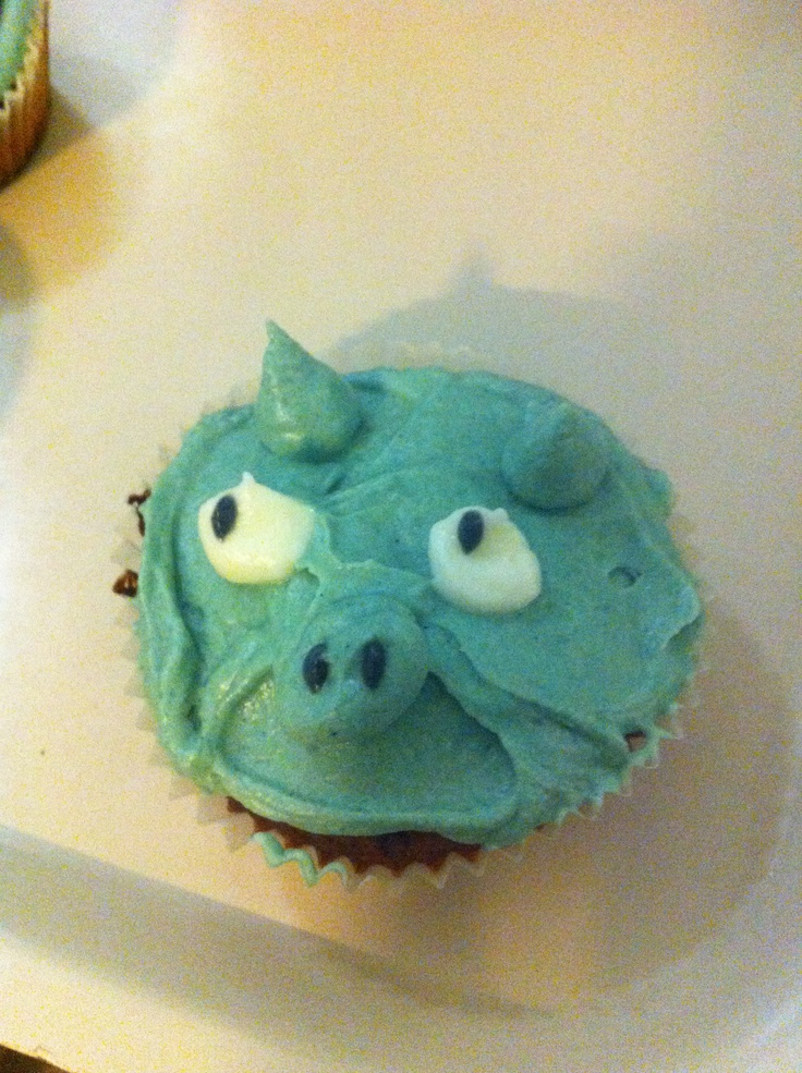 Angry bird -pig, made by my friend!