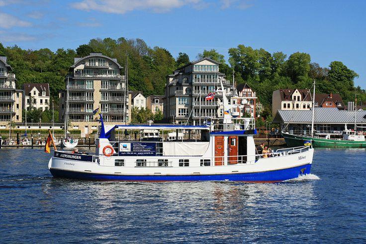 """Motorschiff """"Möwe"""" im Flensburger Hafen"""