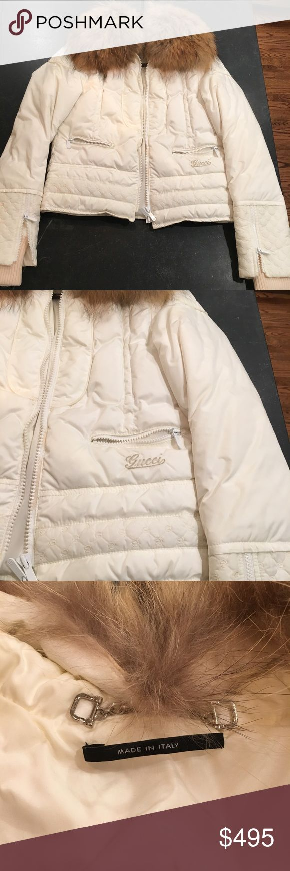 Gucci -Women Size Small (40) White Jacket with Fur Size Small (40) Women's  Gucci Winter White Jacket with Fox Fur Trim. Gucci zippers on sleeves and pockets with classic GG appliqués on sleeves. Gucci Garment Bag included. Lightly Worn-like new! Perfect for Fall/Winter! Gucci Jackets & Coats Puffers
