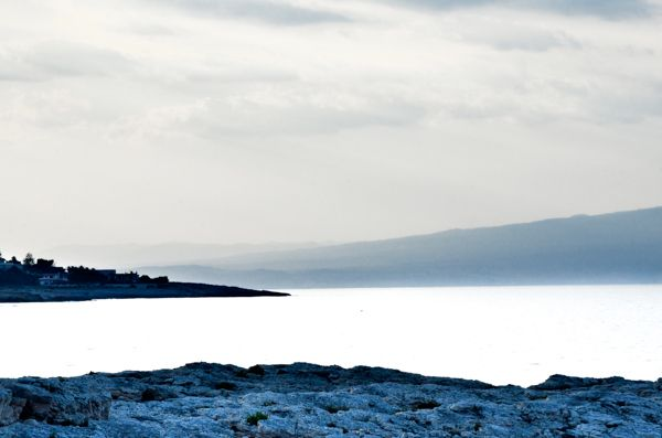 Etna dal faro di Santa Croce (Augusta - SR)  ©Alberta Dionisi