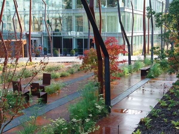 The Urban Jungle that is Floor Works, by Agence TER Landscape Architects, located in Geneva, Switzerland. http://landarchs.com/urban-jungle-created-perfection-agence-ter/