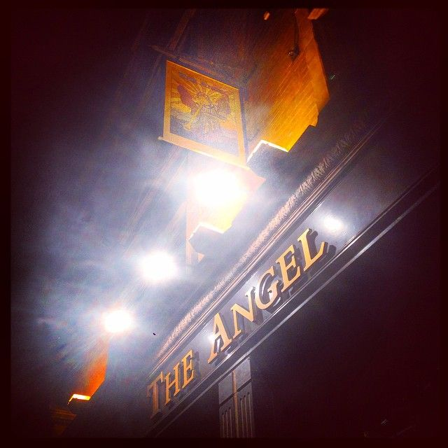 The #Angel #Pub in #CoventGarden looking, well rather #Angelic! Get the #Kooky #London #App http://bit.ly/11XgicP #ig_London #igLondon #London_only #UK #England #English #GreatBritain #British #iPhone #quirky #odd #weird #photoftheday #photography #picoftheday #igerslondon #lovelondon #timeoutlondon #instalondon #londonslovinit #mylondon #boozer #St.Giles #Padgram