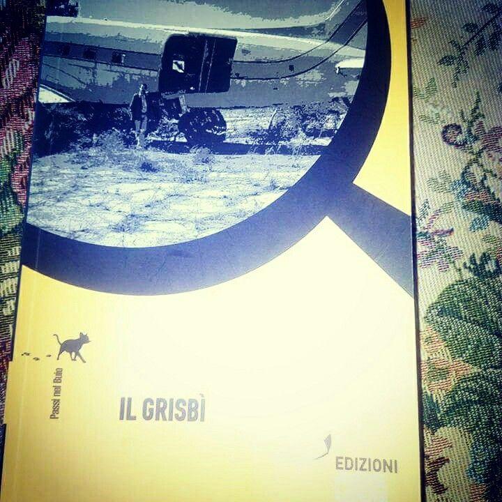 DEBORA PAOLINI scrittrice fantasy ha scelto di leggere Il Grisbì. #bobbylago  #ilgrisbì