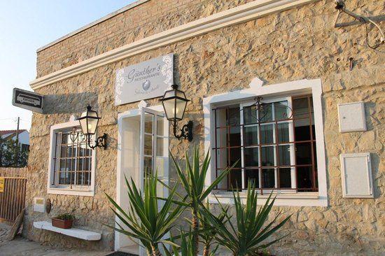 Gunther's Restaurante, Great french food in Belmonte de Cima or approximately 10 km from Casa Flor de Sal. Belmonte de Cima, Olhão, East Algarve.