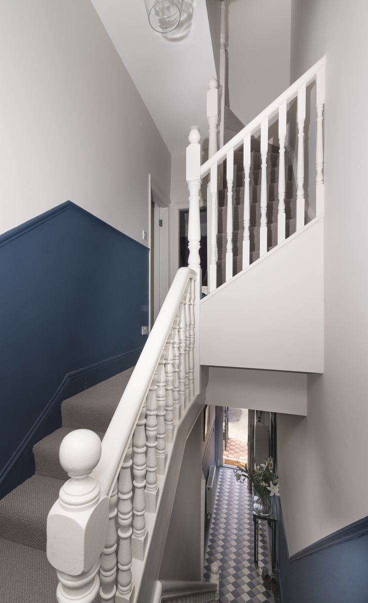 """Colourtrend """"Ivory Tusk"""" """"Peacock Blue"""" and """"Shell Cove"""" on the bannisters"""