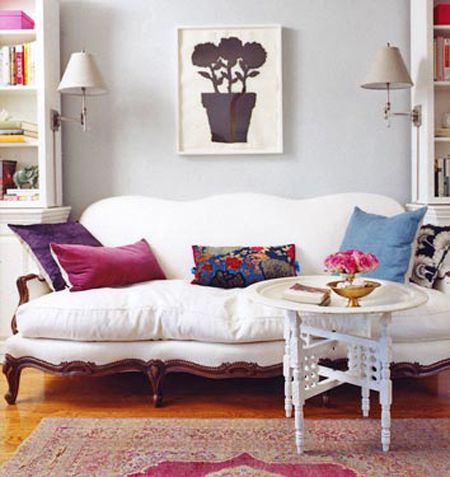 I Just LOVE How This Antique Sofa Has Been Redone To Actually Be  Comfortable And Inviting