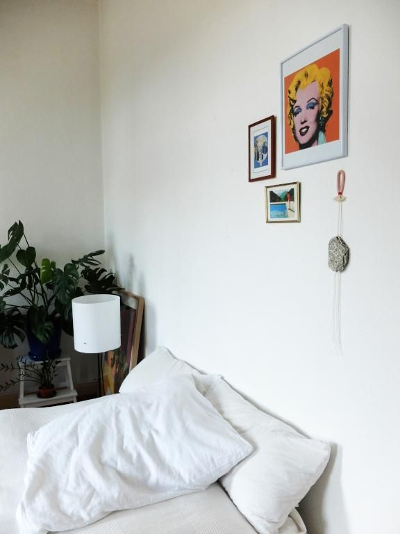Die besten 25+ gemütliche weiße Schlafzimmer Ideen auf Pinterest - schlafzimmer nach feng shui einrichten