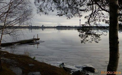 Ensijää. Tampere Näsijärvi