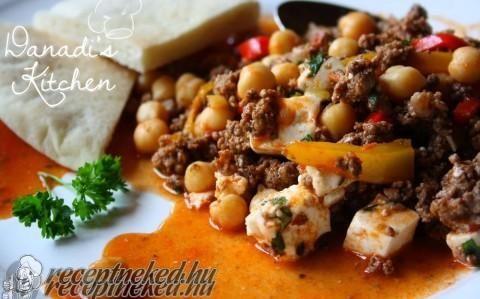 Csicseriborsós görög egytálétel recept fotóval