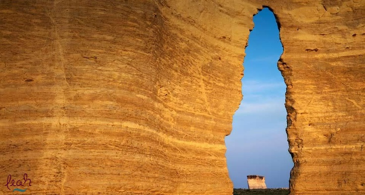 Keyhole Arch in Monument Rocks National Natural Area, Kansas (© Charles Gurche /Danita Delimont)