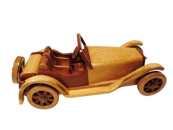 Une petite voiture en bois | Bois+ Le Bouvet