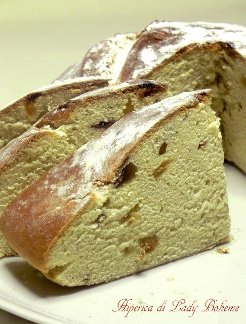Italian Food - Pane dolce all'uvetta