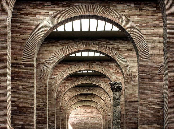 Built by Rafael Moneo in Mérida, Spain with date 1986. Images by Flickr user Magnus von Koeller. Arches have long been used to mark the greatest achievements of Roman civilization. Constantine, Titus, and Septimus ...