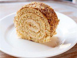 Oříšková roláda s máslovým krémem podle Ivety Fabešové