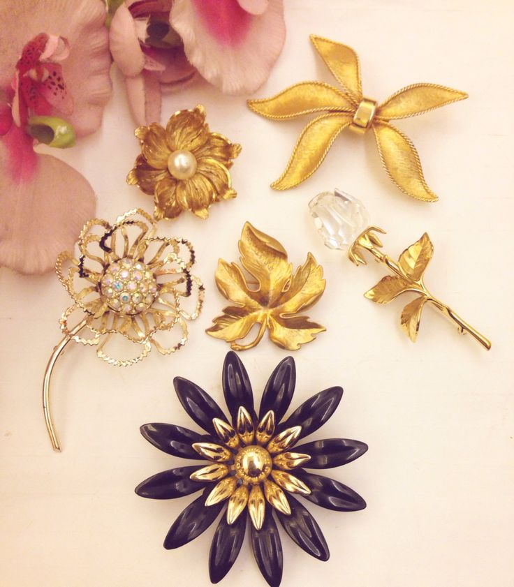 Floral brooch love