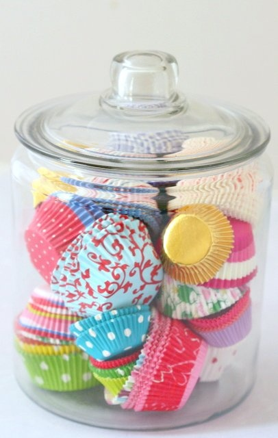 fun way to store cupcake papers