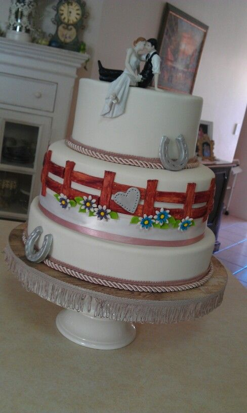 Country Themed Wedding Cake