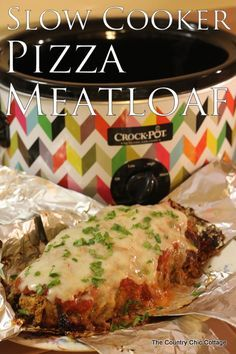 Slow Cooker Pizza Meatloaf -- use your crock pot to make this wonderful pizza meatloaf recipe.
