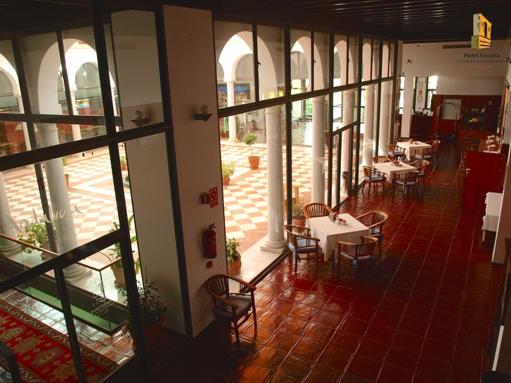 Hall Hotel-Escuela