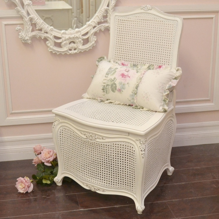 1000 images about shabby chic french cottage on for Commode style shabby chic