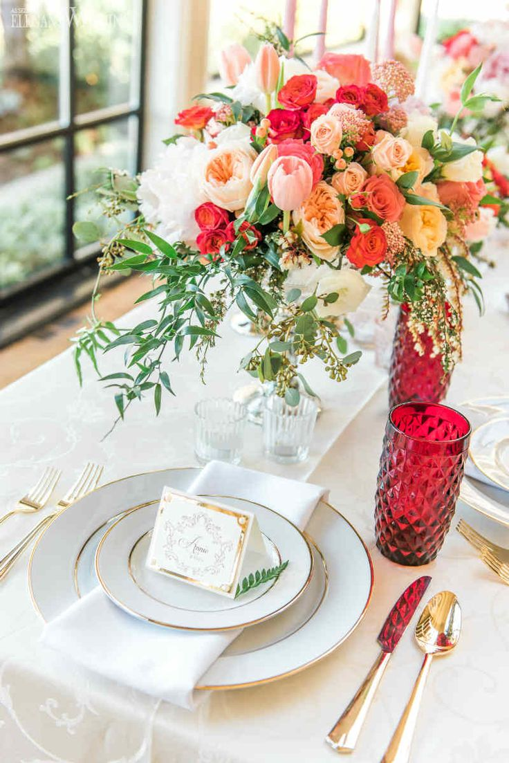 22 best Wedding-Red images on Pinterest   Floral arrangements ...