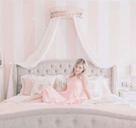 Crown Canopy Bed Canopy Bed Crown Wall Crown Crown Wall Etsy In 2020 Bed Crown Canopy Bed Crown Girls Bed Canopy