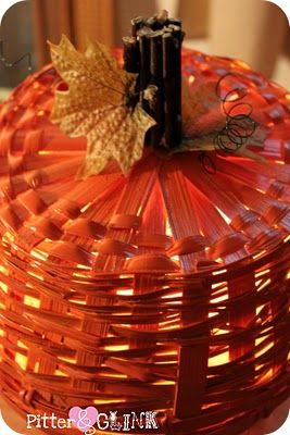PitterAndGlink: Dollar Store Basket Pumpkin Light DIY