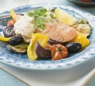 Ugnslax med grekiska grönsaker | MåBra - Nyttiga recept