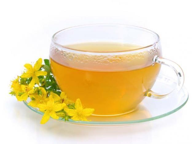 Hierbas aliadas contra los síntomas de la menopausia - #5 Hierba de San Juan