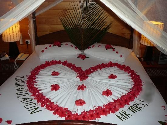45 best wedding bed decoration images on pinterest romantic night bedroom valentine decorations room decorations fold towels wedding bedroom towel crafts romantic bedrooms romantic ideas wedding night junglespirit Images