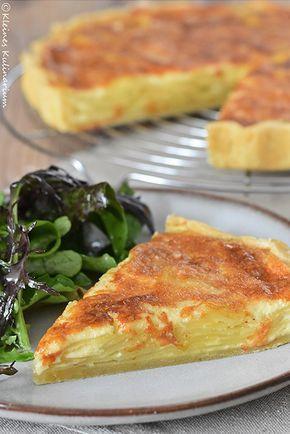 """Die französische Kartoffeltarte """"Tarte aux pommes de terre"""" ist sündhaft lecker. Kombiniert mit einem Salat das perfekte Sommeressen"""