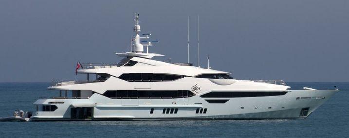 yacht blush