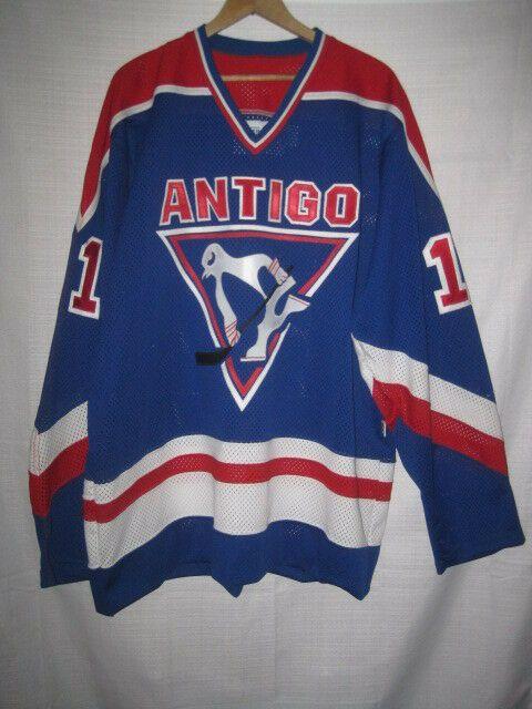 online retailer b7d53 d8e00 Antigo Red Robins Game Worn High School hockey jersey blue ...