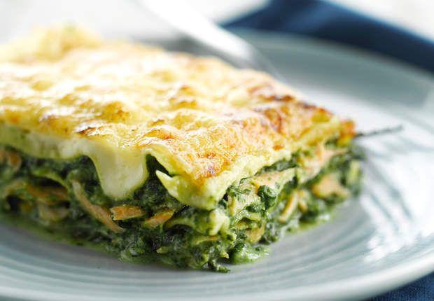 Lasagnes au saumon et aux épinardsVoir la recette des Lasagnes au saumon et aux épinards >>