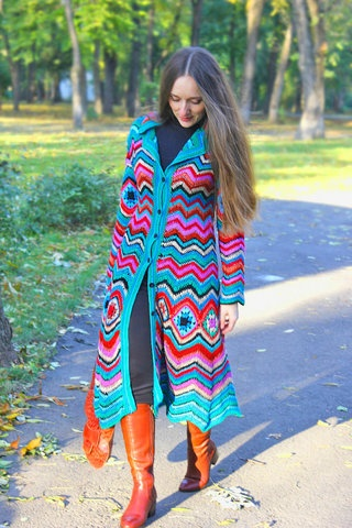 Missoni Coat, found a couple of blogs with it, still can't find the pattern.