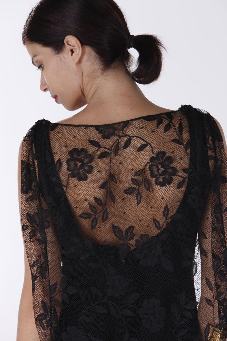 Elegant Lace Back.