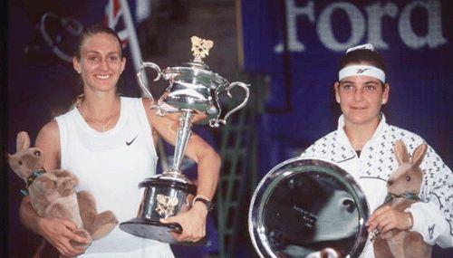 #tennis player #Mary #Pierce holds #Australian #Open #ausopen #australianopen #trophy 1995 in #Melbourne #Australia def. #Arantxa #Sanchez of #Spain (DR)  Posted on www.tennislegend.fr