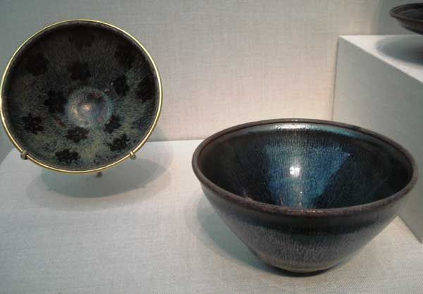 Blurred lines—Art, science converge in identification of rare iron oxide in ancient Chinese ceramics | The American Ceramic Society