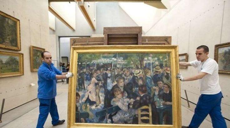 O número 10 deste ranking dos quadros mais caros alguma vez vendidos em leilão fica preenchido com uma peça de Pierre-Auguste Renoir. Por 70,1 milhões de euros (78,1 milhões de dólares) a Sotheby´s vendeu em 1990 o Bal du moulin de la Galette. Embora, com a inflação, este valor represente hoje cerca de 129 milhões de euros, o quadro de 1876 é na realidade uma pequena versão de outro muito maior que se encontra no Museu de Orsay, em Paris (na foto). Se ficou com curiosidade de saber qual é o…