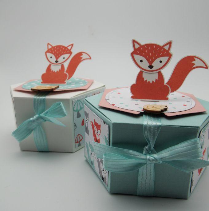 """Der süße Fuchs aus """"foxy friends"""" sitzt auf einer Schachtel """"Fenster zum Glück"""" - Stampin up"""